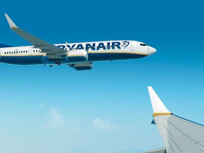 Aerei, sfiorata la collisione in volo tra due Boeing di Ryanair. Il rapporto choc spagnolo