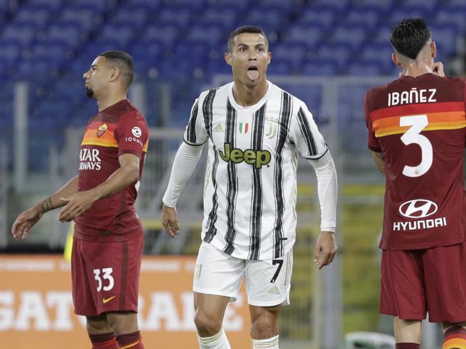 Roma Juventus 2 2, doppio Veretout e doppio Ronaldo: in 10 i bianconeri tengono