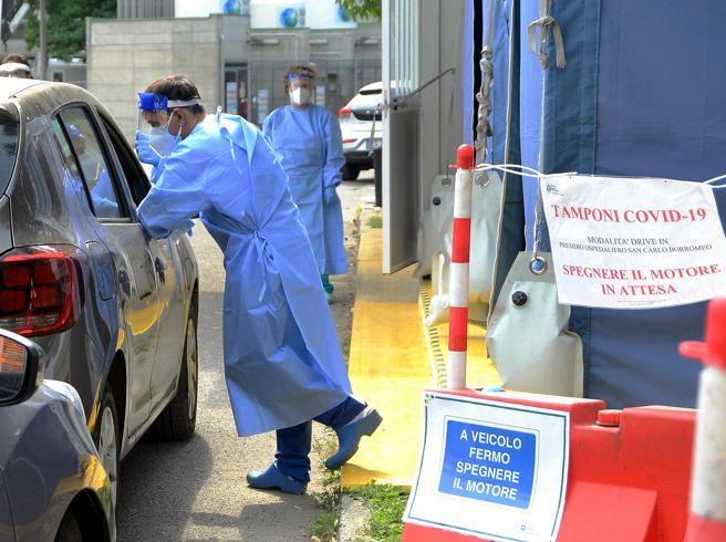 Guerra: «Non vedo rischi di altre chiusure totali. Ma gli italiani scarichino Immuni»