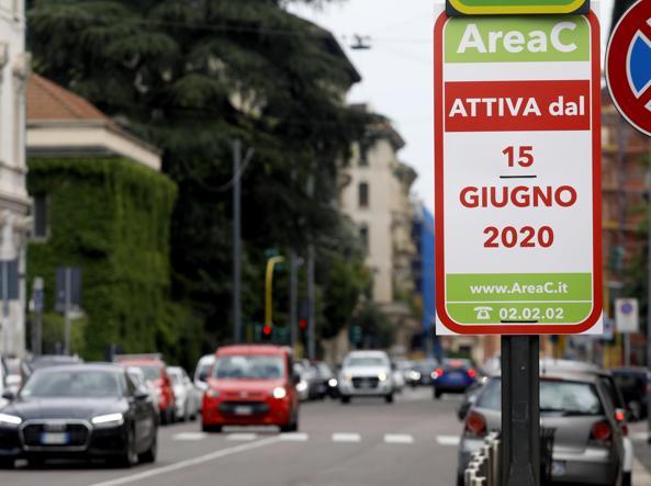 A Milano, addio alle auto diesel dal 2030