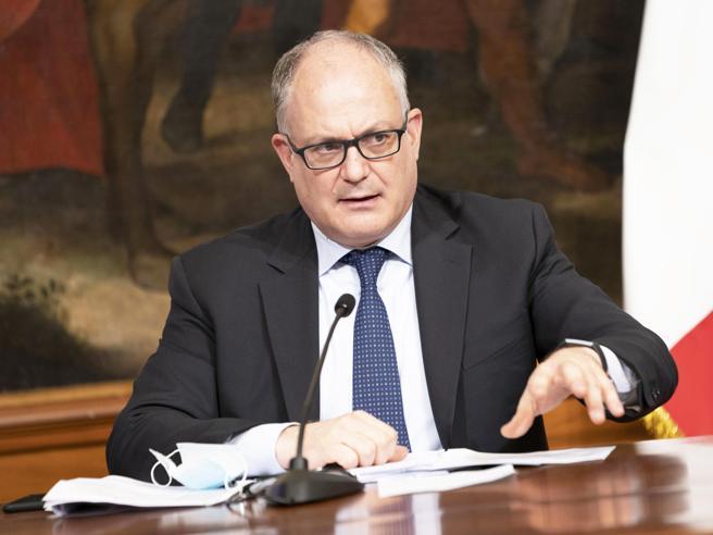 Le nuove stime: pil a  9%, debito al 158% Gualtieri: verso una manovra da 40 miliardi Recovery fund:  pronti solo metà dei progetti