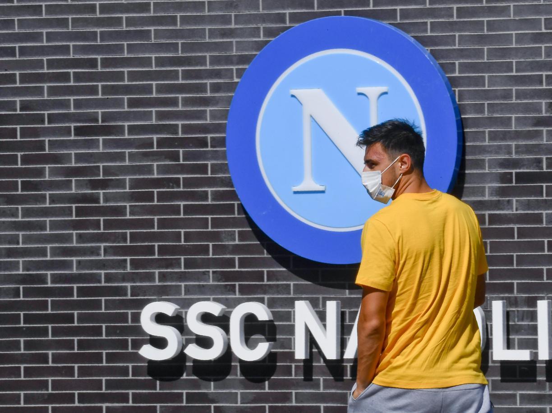 La Asl di Napoli gioca una partita con regole diverse