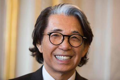 Morto lo stilista Kenzo per coronavirus: le foto del designer