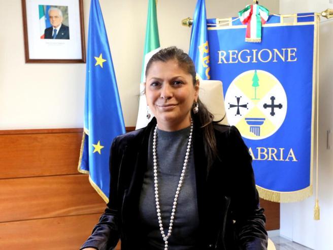 Jole Santelli, il sorriso nonostante la malattia: «La vita è una sorpresa»