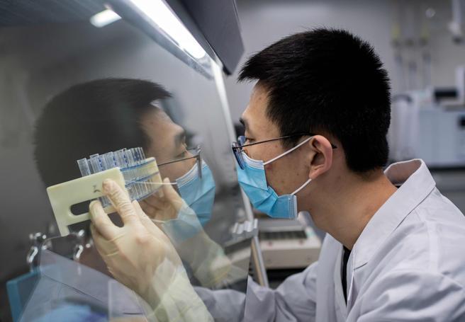 Vaccino cinese in fase 2 stimola la risposta immunitaria