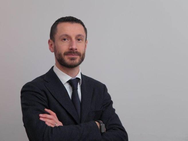 Inchiesta Lombardia film commission, sequestro di ville ai contabili leghisti: «Comprate con i soldi del peculato»