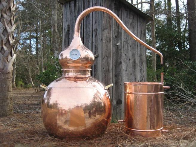Imparare l'arte e non metterla da parte: diventare distillatori e cambiare vita