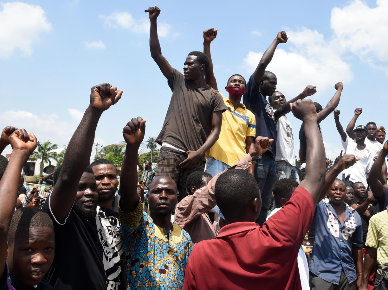 La Nigeria crede  nei «mercanti della speranza»