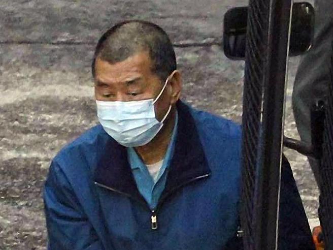 Un altro arresto a Hong Kong: in cella Jimmy Lai, editore democratico