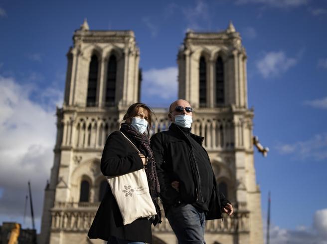 Covid, la Francia verso un nuovo lockdown