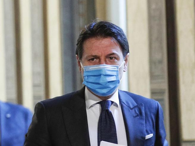 Il Pd in Aula: serve verifica dei ministri. Zingaretti frena: «Sostegno a Conte», ma Azzolina è nel mirino