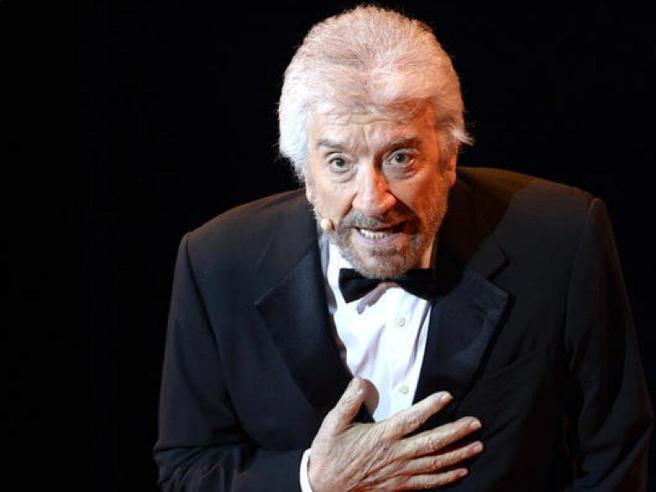 Gigi Proietti è morto, addio al grande mattatore del teatro italiano