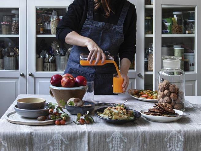 Dispensa perfetta: gli alimenti da avere sempre in casa e come cucinarli (in 6 ricette)