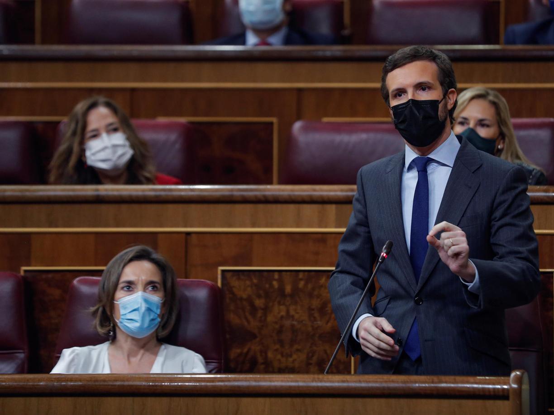 Il leader dei Popolari Pablo Casado  (EPA/Emilio Naranjo)
