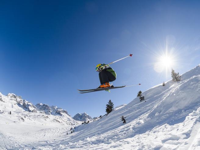 Verso intesa europea per fermare lo sci. Seggiovie, alberghi, rimborsi: le regoleZaia: «Ma a tre condizioni»