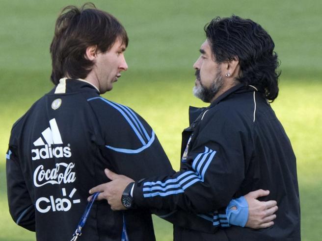 Maradona morto, Messi: «Diego è eterno, ci lascia ma non se ne va»