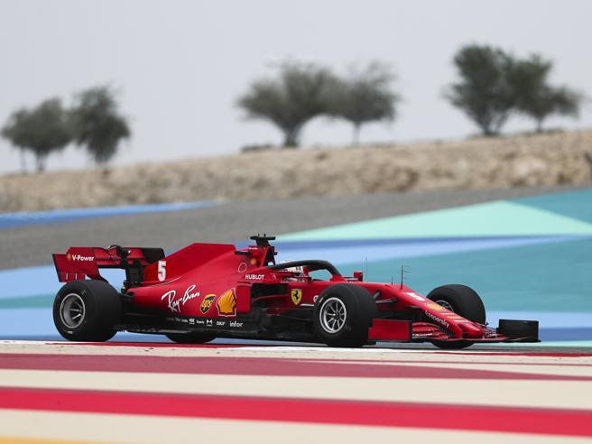 Gp Bahrein: pole di Hamilton davanti a Bottas e Verstappen. Delusione Ferrari, Vettel 11esimo e Leclerc 12°