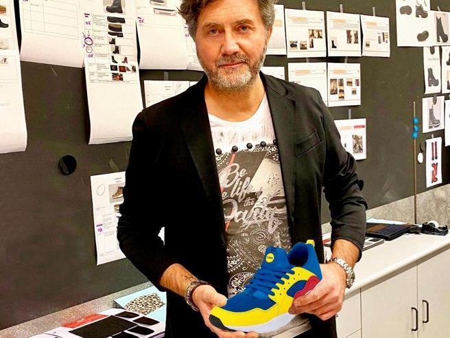 Uno stilista italiano dietro alle scarpe Lidl: «Nate quasi per scherzo, la moda la dettano i social»