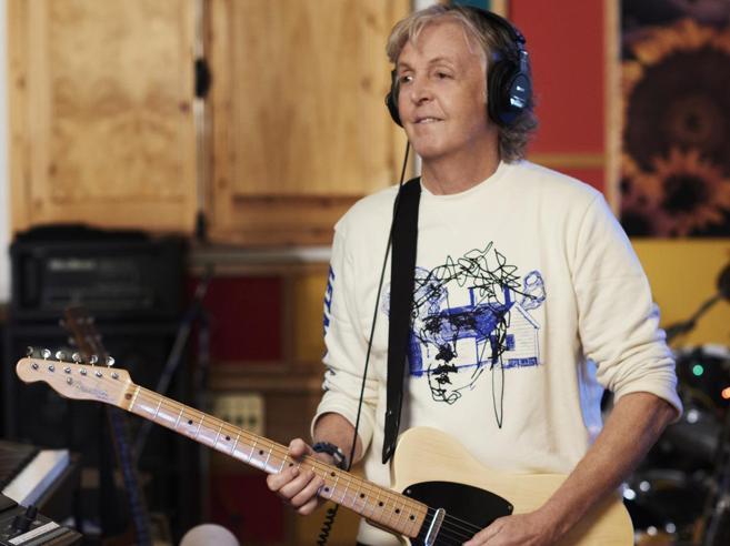 Paul McCartney e l'albumsuonato tutto da solo: nostalgia degli Anni  60