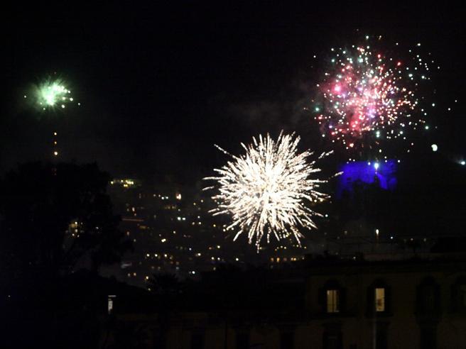 Botti di Capodanno: otto feriti a Napoli, mai così pochi