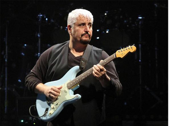 Pino Daniele: mai in gara a Sanremo, il concerto con Bob Marley e altri 8 segreti