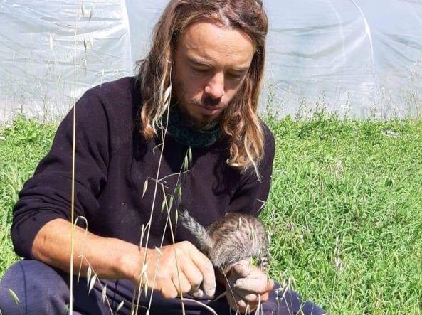 آلسیو جناری در مزرعه خود در منطقه پارما: او 700 گونه باستانی پرورش می دهد