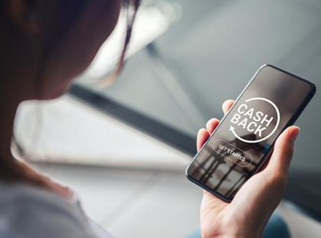 Cashback di Stato, le novità: pagamenti «senza Pin», commissioni e App IO. Come cambiano i rimborsi