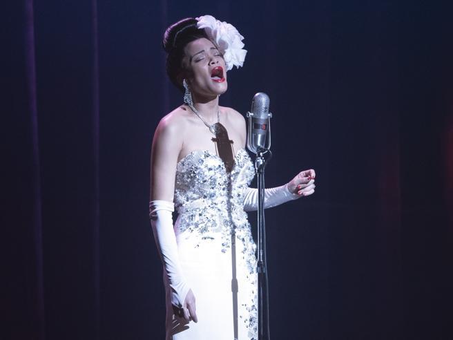 Prada firma i costumi per il film biografico di Lee Daniels sulla cantante Billie Holiday