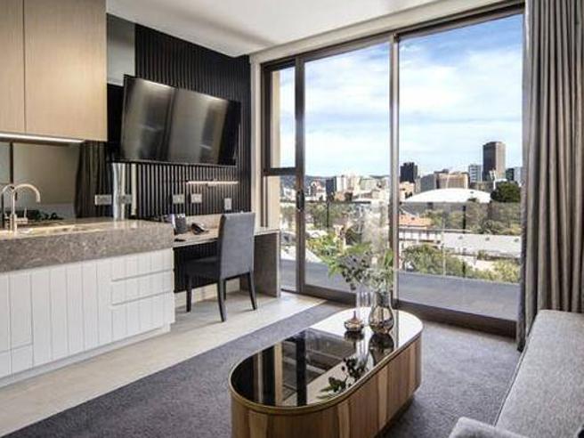 Da Djokovic a Nadal, da Sinner alle sorelle Williams: ecco la «bolla Vip» di Adelaide fra suite con spa, cucina gourmet e vista mozzafiato