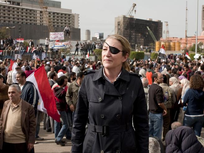 Marie Colvin e la guerra: «Il coraggio è non avere paura della paura»