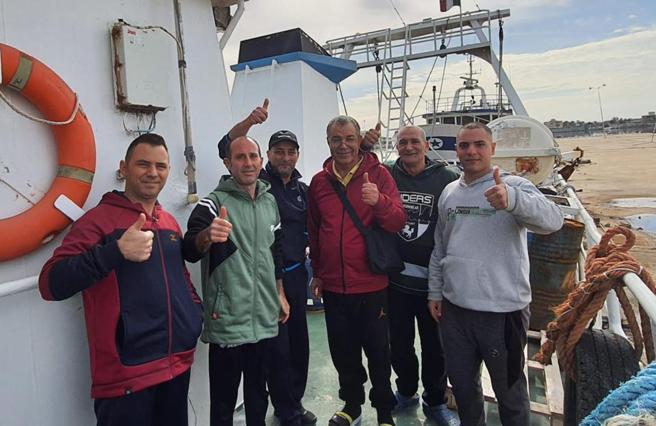 Pescatori sequestrati in Libia, la beffa dopo il rilascio: arriva una multa di 2.000 euro