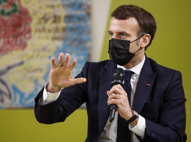 Covid Francia, 35mila nuovi contagi e oltre 300 morti