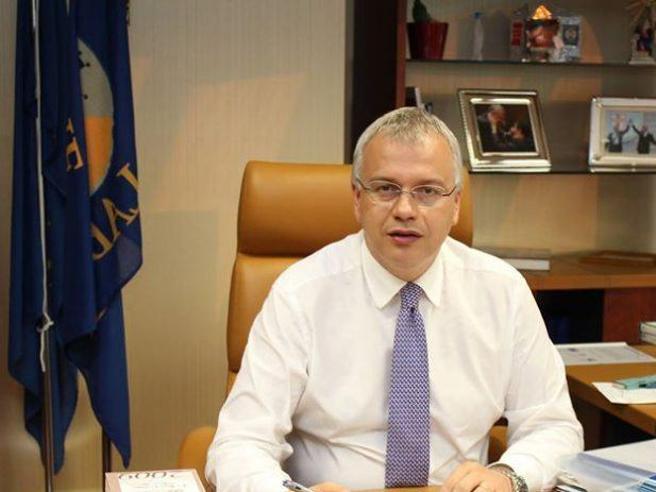 Lorenzo Cesa, le intercettazioni dell'inchiesta: «Non ci servono soldi, ma un referente»