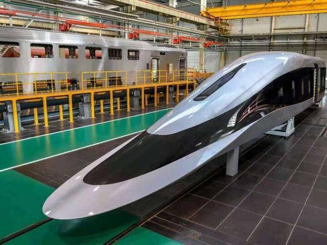 Da Milano a Napoli in meno di un'ora: in Cina il nuovo treno super veloce a levitazione magnetica