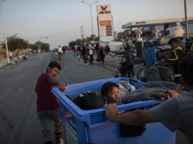 Grecia, le ong denunciano: «Piombo nel nuovo campo di Lesbo»