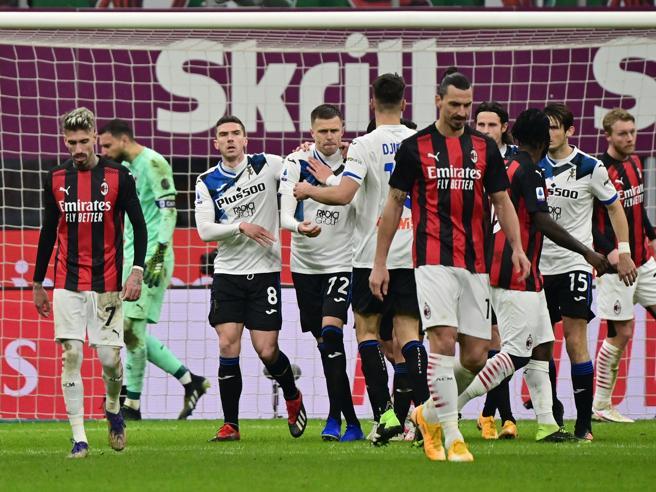 Il Milan perde 0 3 a San Siro con un'Atalanta show Ma è campione d'invernoUdinese Inter finisce 0 0