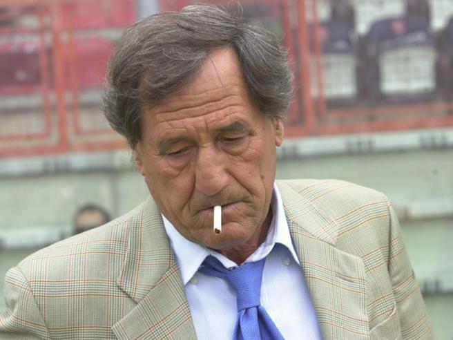 Galeone ha 80 anni: tra bel calcio, sesso libero, l'allievo Allegri, Prevért e la promessa non mantenuta di Berlusconi, la vita tutta all'attacco di un guru del pallone