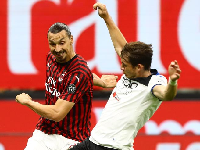 De Roon «sfotte» Ibrahimovic sui social dopo Milan-Atalanta: «Abbassa la cresta»