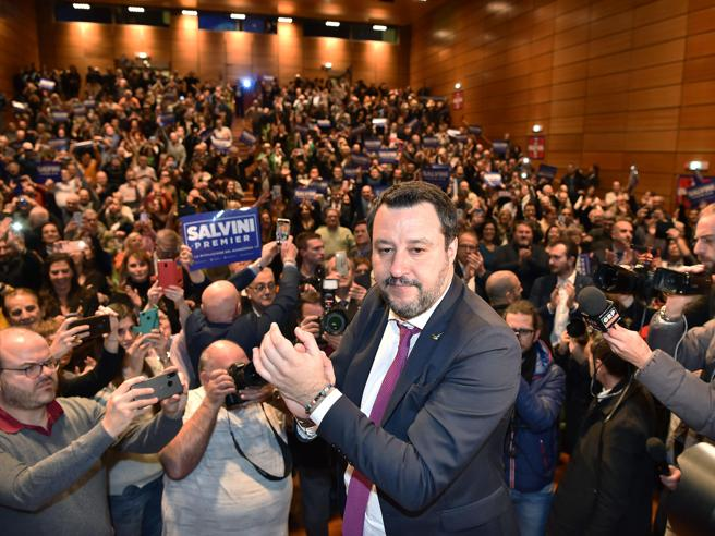 Salvini si presenta oggi dai giudiciE anticipa la campagna di Damilano