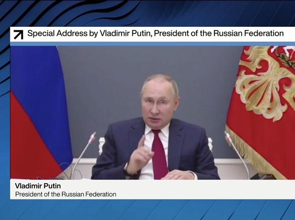 ولادیمیر پوتین رئیس جمهور روسیه در ارتباط با مجمع جهانی اقتصاد (Afp)