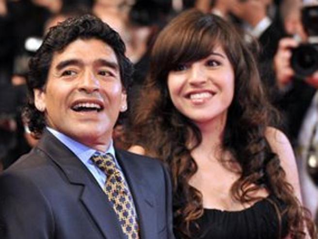 Diego Maradona, Giannina e il mistero dell'anello