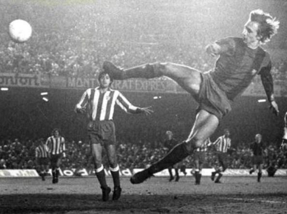 Bewilderment: Is Cristiano Ronaldo among the greatest?  Pelé, Messi, Maradona and Cruyff created play, CR7 scores more