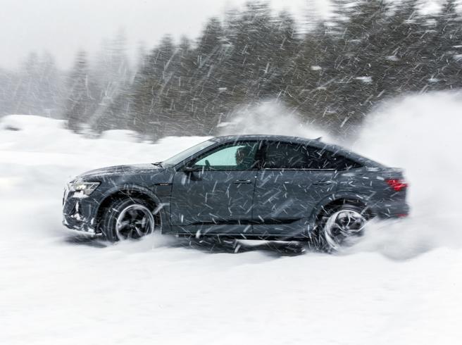 Audi e-tron S Sportback: le prestazioni sostenibili del suv-coupé
