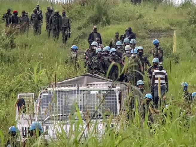 L'imboscata ad Attanasio in strada, volevano rapire gli «uomini bianchi»