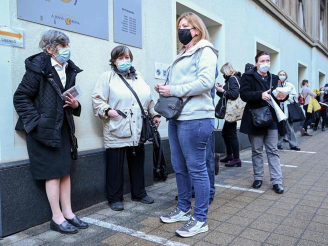 Coronavirus: ora che abbiamo i vaccini, come sarà la prossima estate?