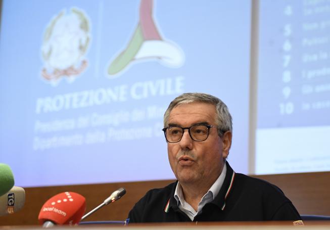 Protezione civile, Angelo Borrelli sostituito: Draghi ha scelto Fabrizio Curcio