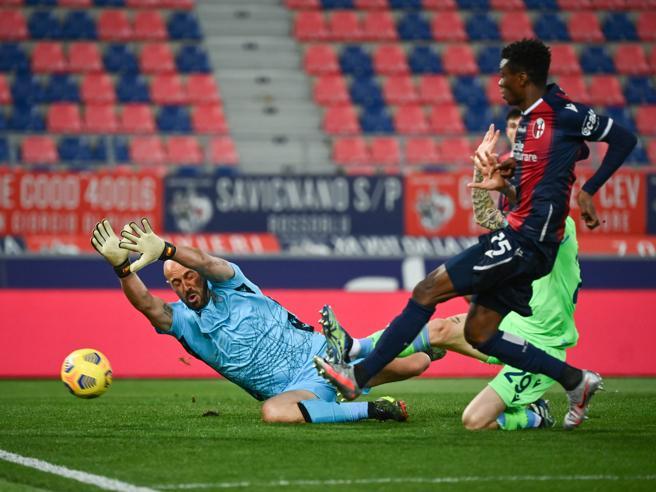 Bologna-Lazio 2-0: Mbaye e Sansone mandano i biancocelesti in crisi