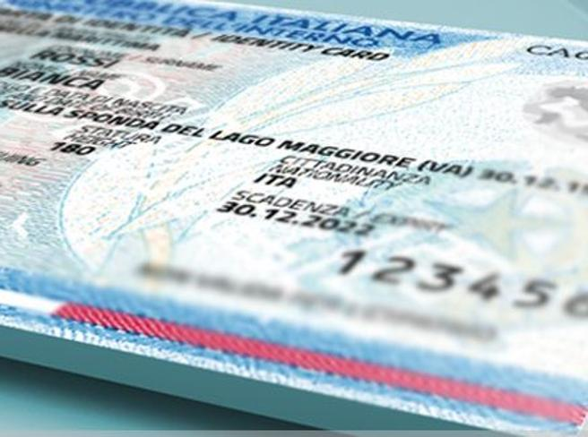Carta d'identità elettronica, da oggi via ai servizi della pubblica amministrazione: cosa si può fare