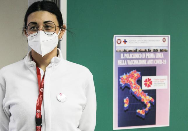 L'Iss: «Sale l'incidenza dei contagi negli under 20, valori più alti tra 13 e 19 anni»