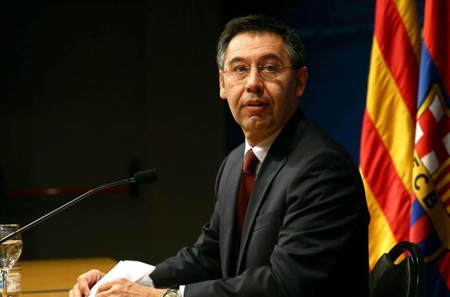 Bartomeu arrestato: l'ex presidente del Barcellona coinvolto con 3 dirigenti nel «Barcagate»